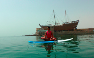 Paddle-board-yoga-beach-kuwait